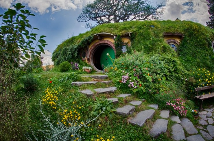 hobbiton-real-hobbit-village-matamata-new-zealand-places_115198.jpg