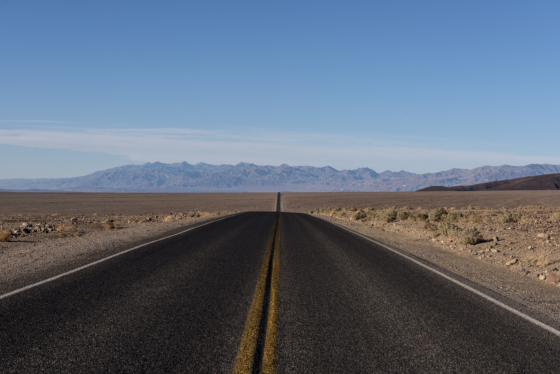 desert-1128835_1920.jpg