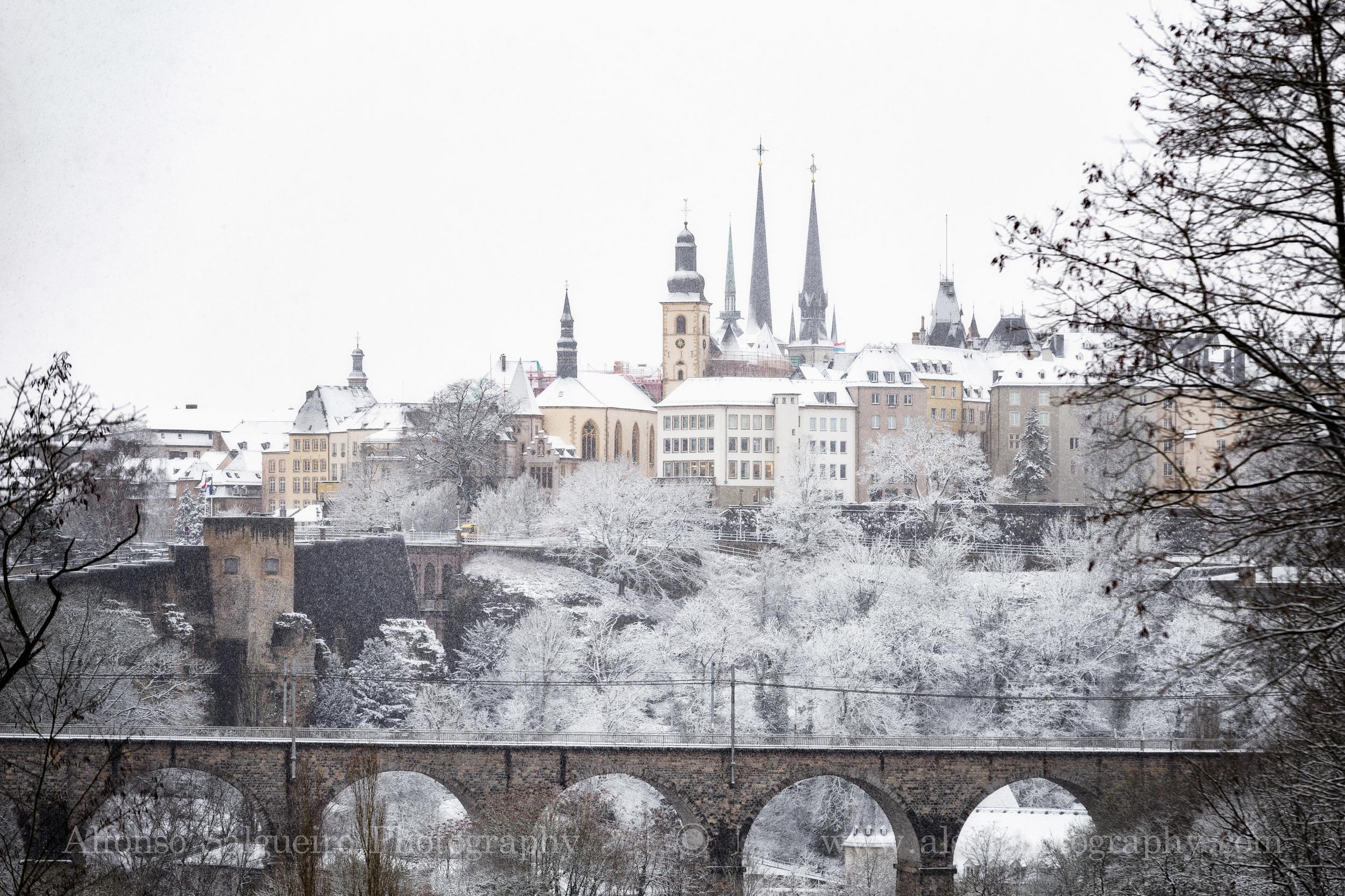 Snowfall over Luxembourg.jpg
