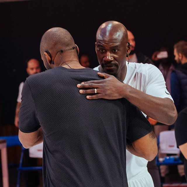 """It's was a honor to met you @kobebryant . Thank you for your advices !! Now I will keep the """"Mamba Mentality"""". Thanks to @nike ,@nikebasketball, @yard . 📸:@lebougmelo"""