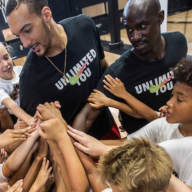 Happy birthday 🎈🎉🎂🎁 and Congratulations 👏🏾 to the double @nba #dpoy @rudygobert27 .  Just one word to say : RESPECT  @bkworkout_ We learned from the best.  Thanks @nikebasketball @yard 📸: @hlenie