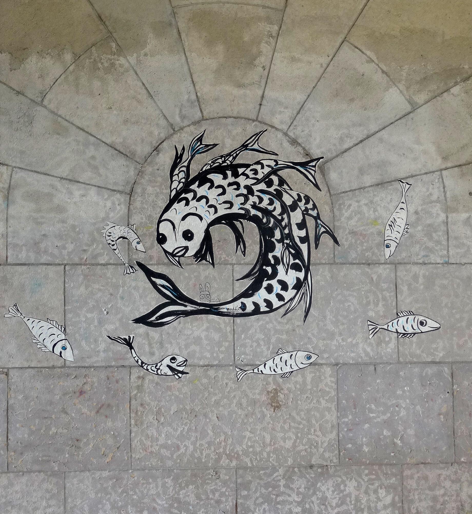 Sequana, être imaginaire de la Seine, quai de Seine, Paris Papier végétal, encre de chine, colle ph neutre Copyright ADAGP
