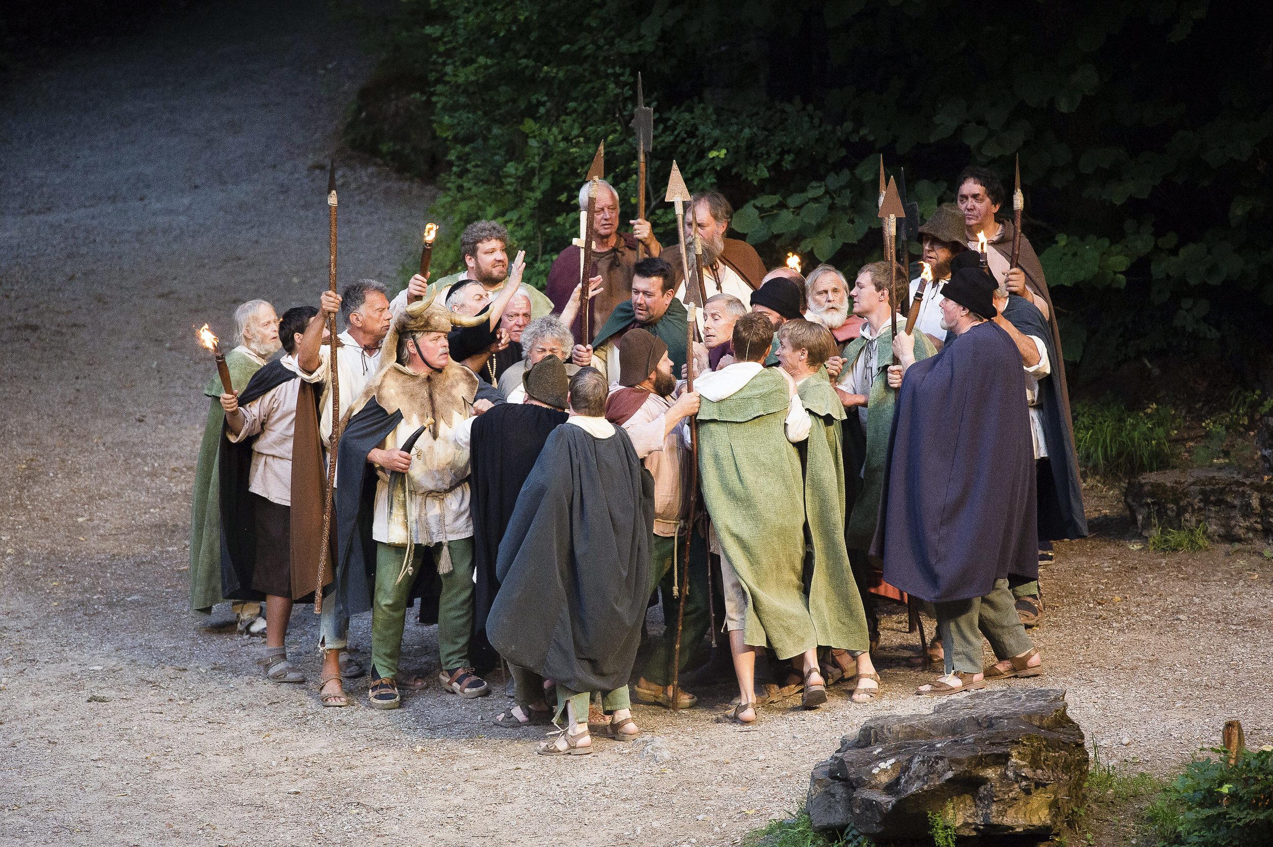 Unruhen während dem Rütlitreffen bei den Tellspiele in Interlaken waehrend der Premiere am 28. Juni 2015.