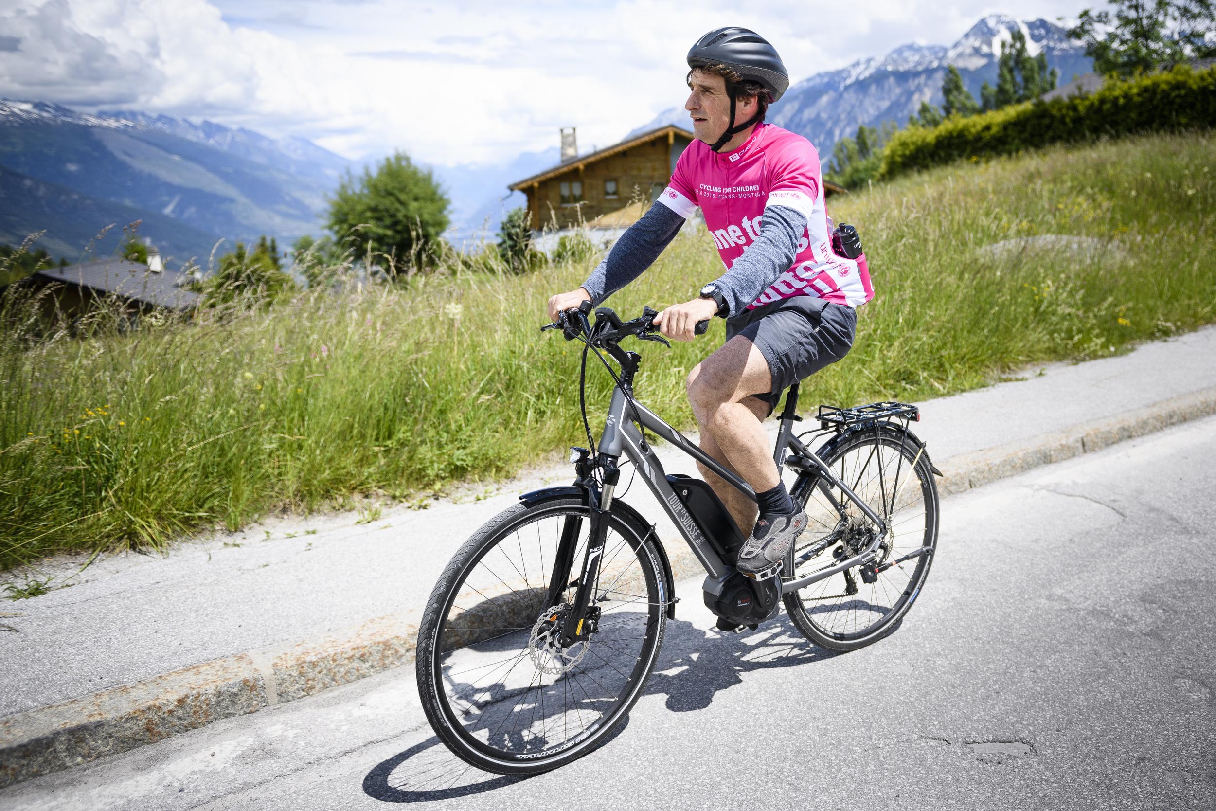 SCHWEIZ CYCLING FOR CHILDREN