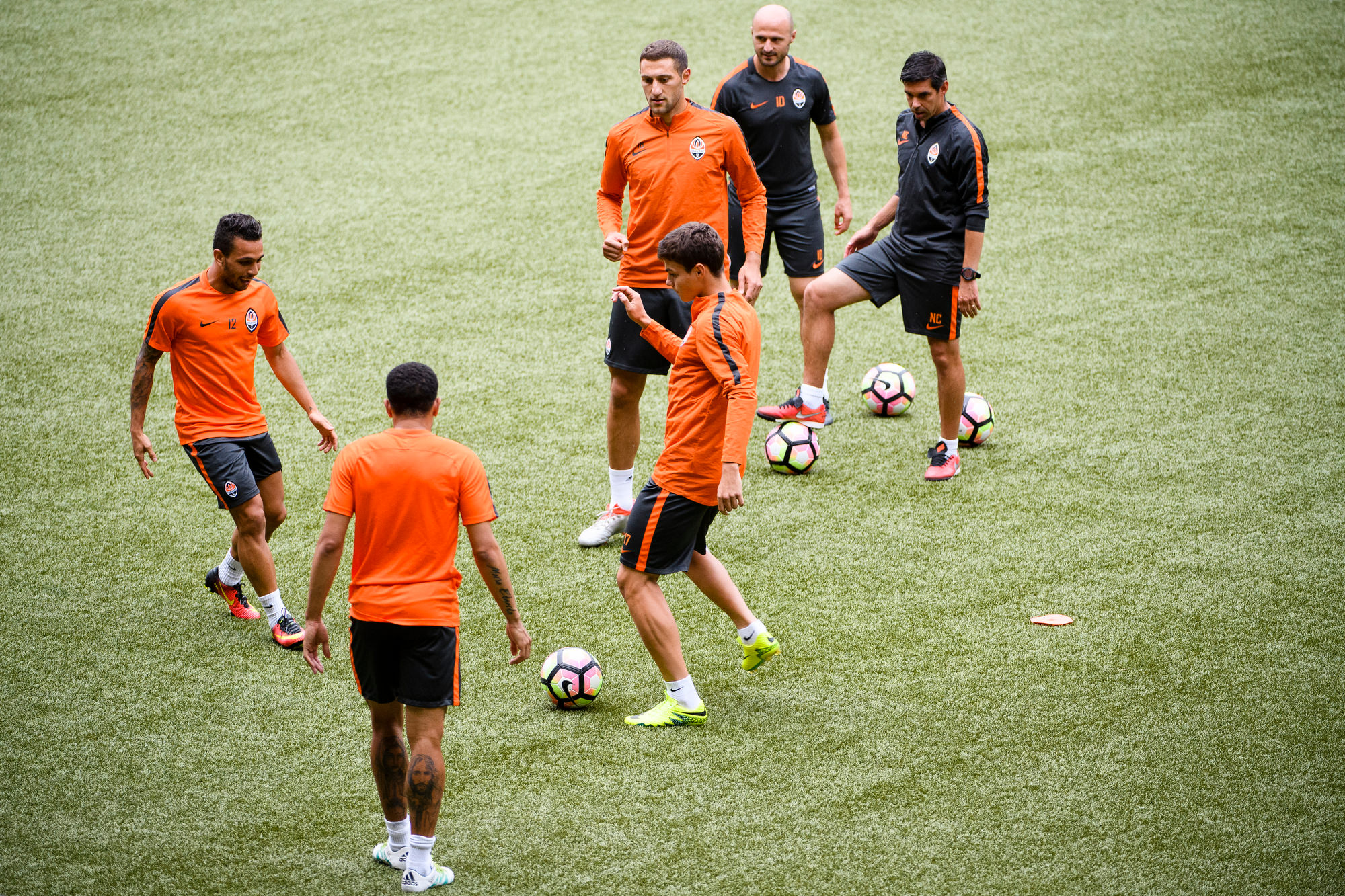 Players from team of Shakhtar Donetsk on the occasion of the training before the match of the third qualifying round of the UEFA Champions League final between BSC YB and FC Shakhtar Donetsk on August 4, 2016 Bern, photographed on Tuesday, August 2, 2016 at the Stade de Suisse in Bern (KEYSTONE/Manuel Lopez),