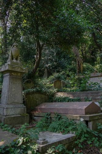 Highgate Cemetery-6.jpg