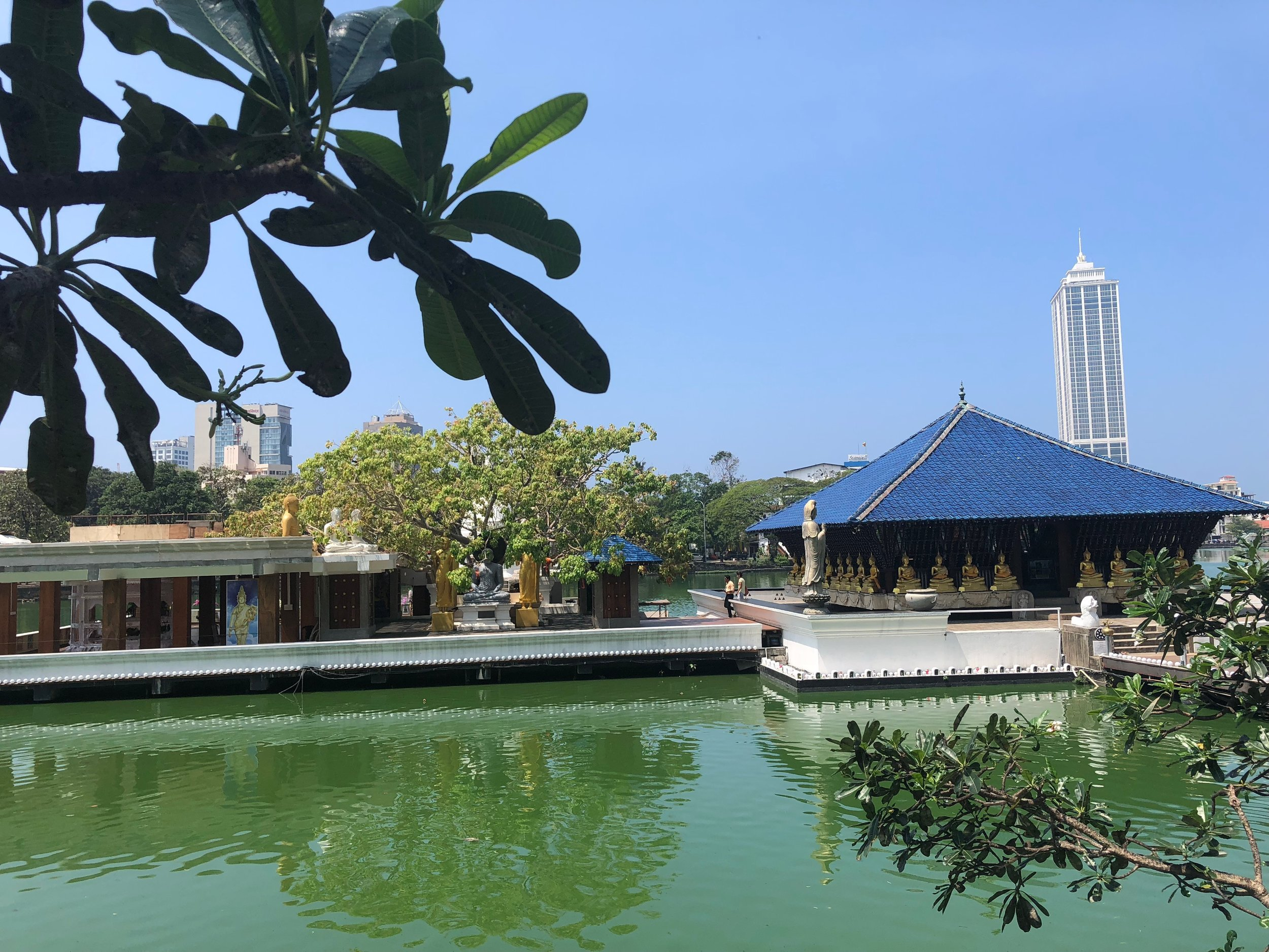 Budhist temple in Colombo