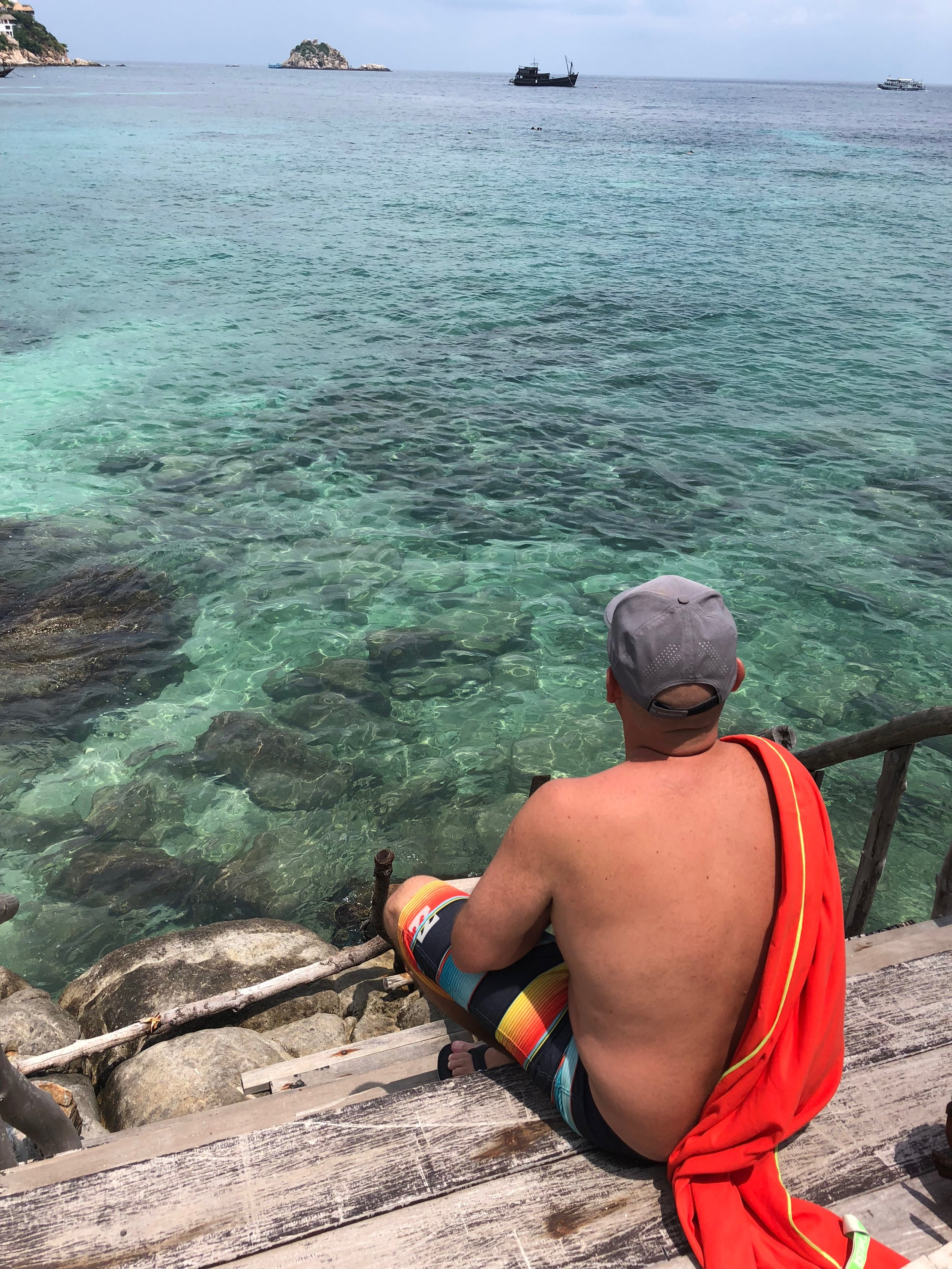 Jerry contemplating life......or the snorkeling....:)