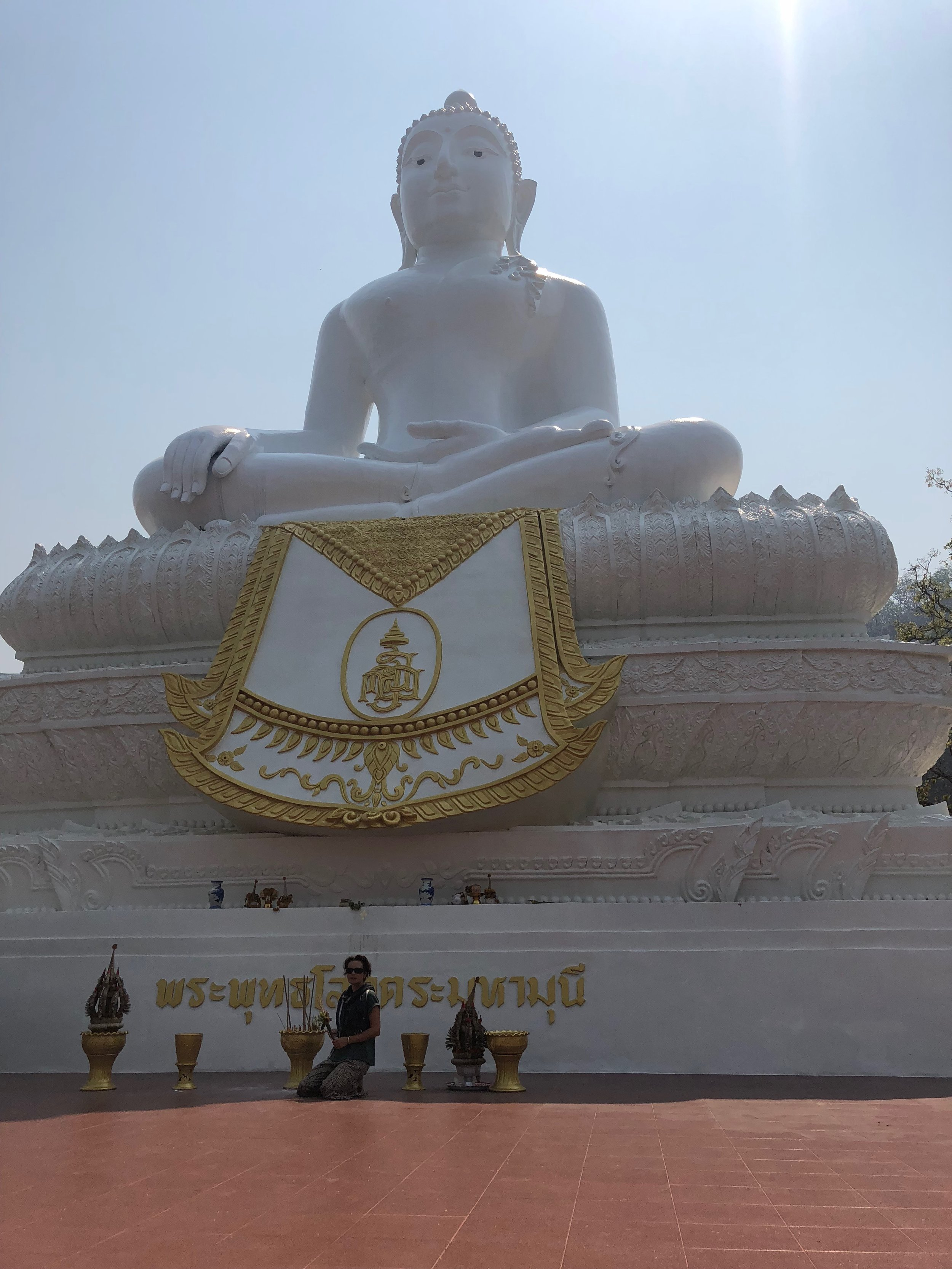 Buddha overlooking the town of Pai
