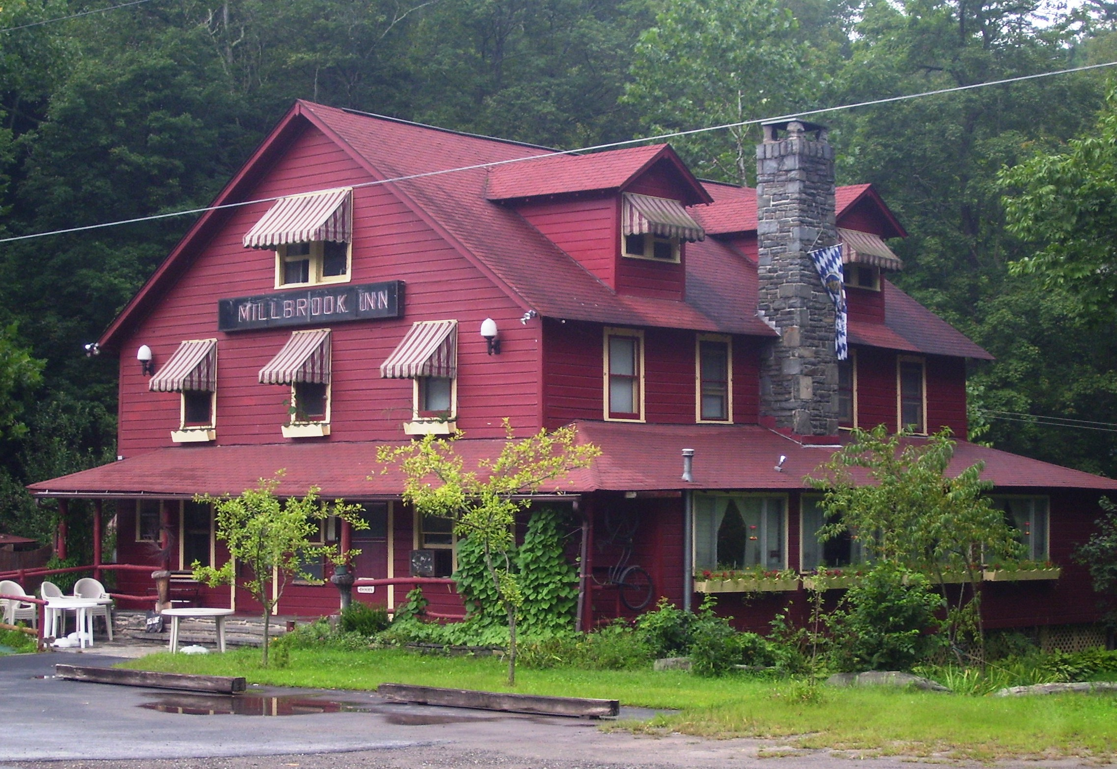 WHERE TO EAT: Millbrook Inn in Pond Eddy, NY