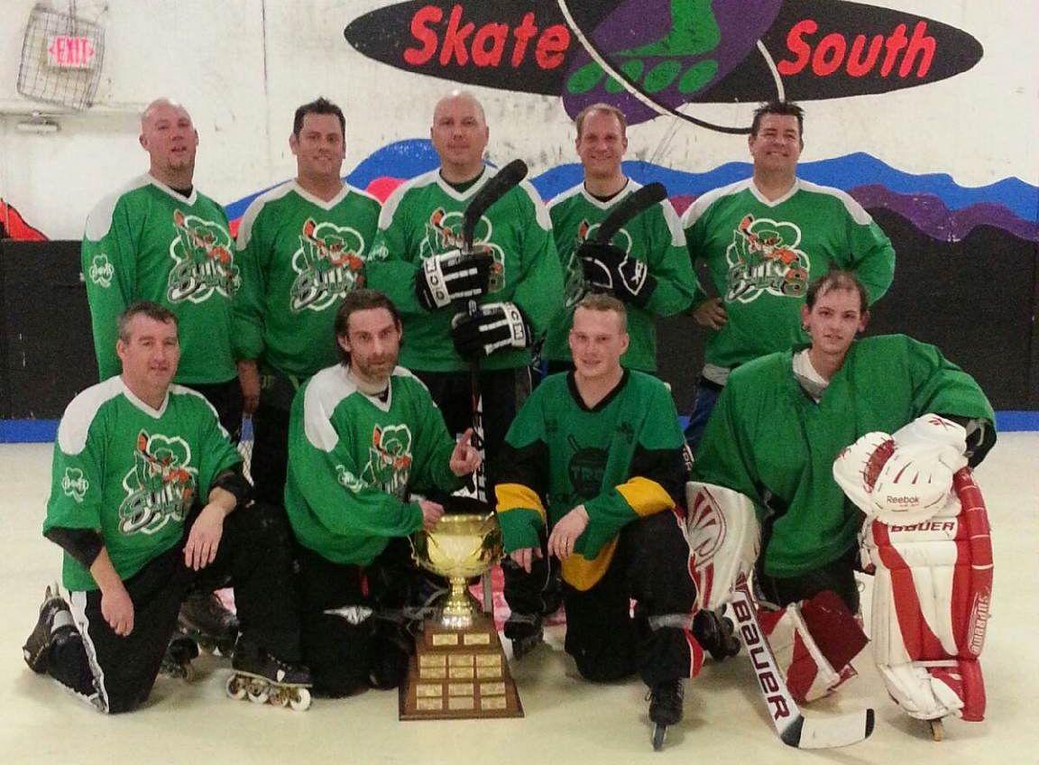 Hockey Team 2013.jpg