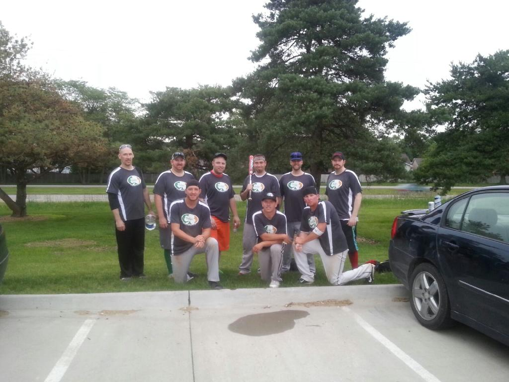 Mens Softball 2015.jpg