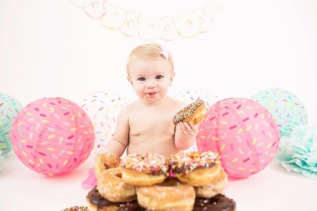Oh Zoe, you are the sprinkle to my donut girl! 🍩 I absolutely love when parents think outside of the box and we do something fun!  Like who doesn't love donuts?! 💗 #cakesmash #firstbirthday #jenmeadowsphotography #fontainebleaustatepark #mandevillelaphotographer #louisianaphotographer #naturalightphotographer #mississippiphotographer #jacksonmsphotographer #beachphotographer #cakesmashsession #firstbirthdaysession #slidelllaphotographer #slidellla #mandeville #covingtonphotographer #madisonvillelamama #madisonvillephotographer #iamone #oneofakind