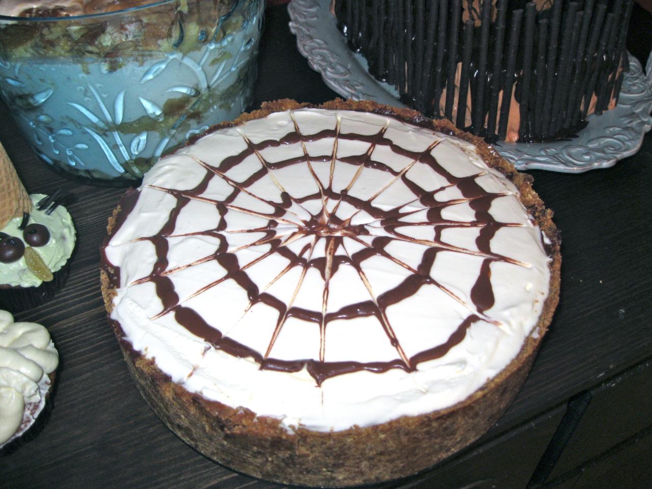 Itsy Bitsy Spider Cheesecake!