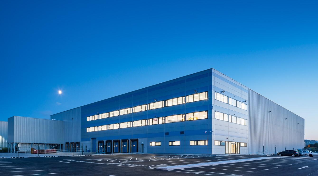 Castlebrowne - Warehouse Extension 01.jpg