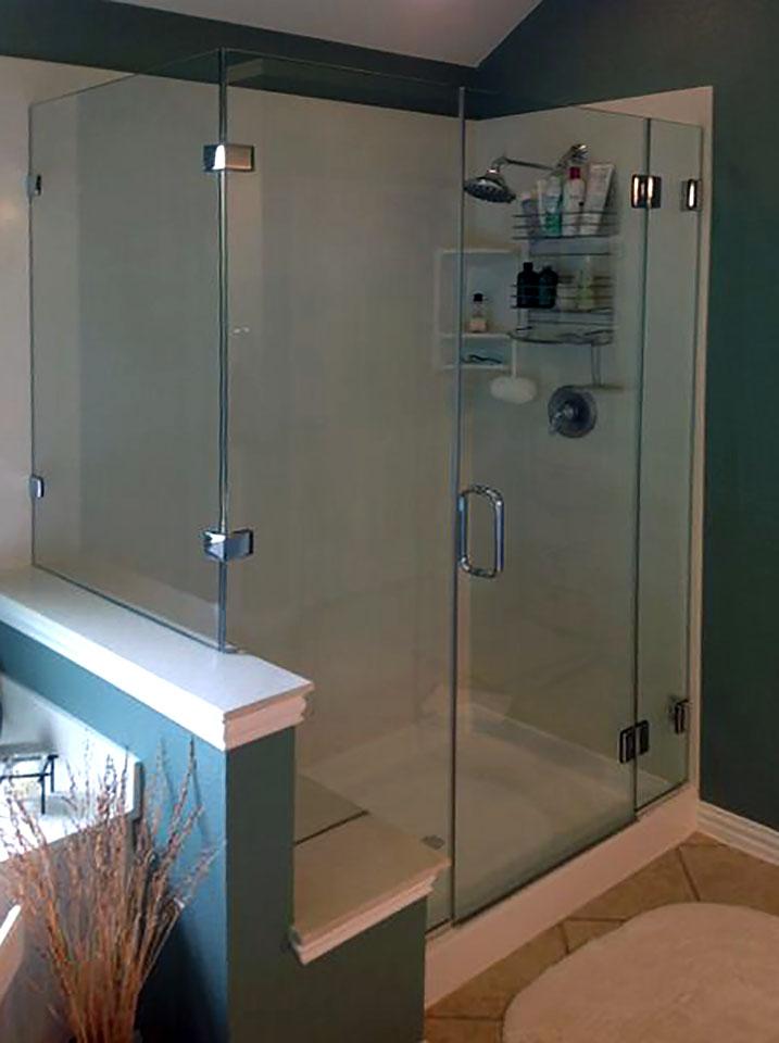 ND31_Bathroom_Design_90_Degree_Frameless_Glass_Shower_Enclosure_Dallas.jpg