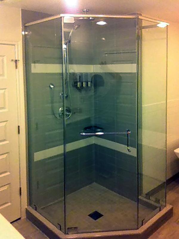 NA12_Neo_Angle_Shower_Doors_Enclosures_Dallas.jpg