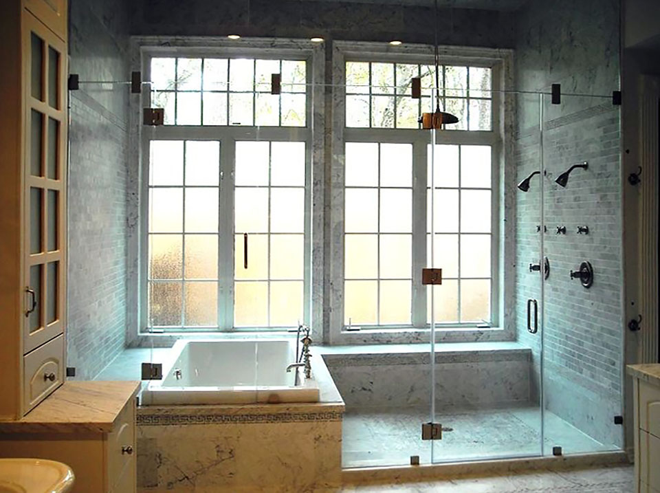 IN01_Inline_Shower_Bath_Enclosure_Glass_Dallas.jpg