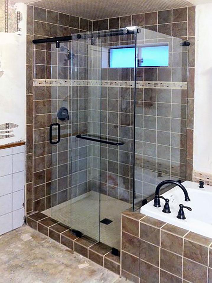 SL07_Sliding_Glass_Shower_Door_Enclosure_Combo_Dallas.jpg