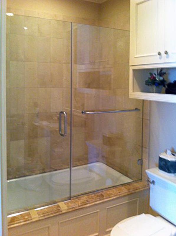 BT09_Bath_Tub_Glass_Doors_Frameless_Dallas.jpg