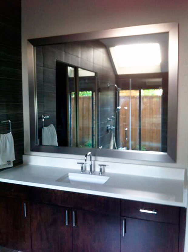 STM04_Standard_Bathroom_Mirrors_Custom_Glass_Framed_Dallas.jpg