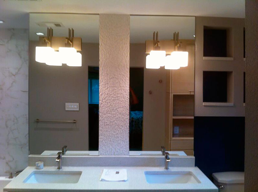 STM06_Bathroom_Mirrors_Custom_Glass_Dallas.jpg