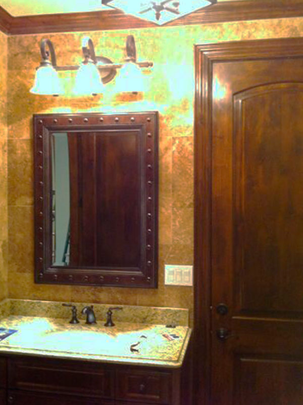 AM03_Antique_Framed_Bathroom_Mirrors_Custom_Glass_Dallas.jpg