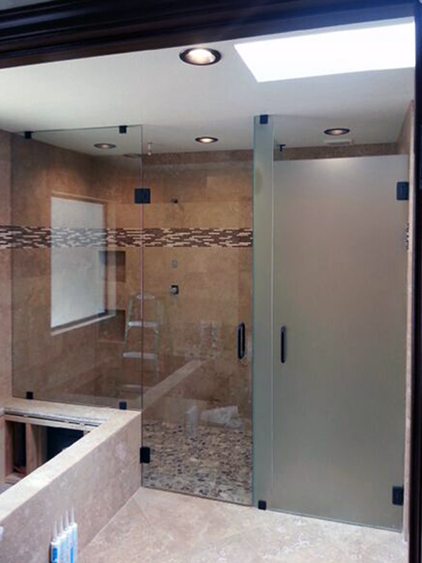 EF05_Custom_Etched_Glass_Inline_Shower_Door_Dallas.jpg