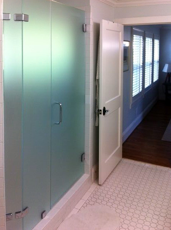 EF06_Custom_Frosted_Glass_Inline_Shower_Doors_Dallas.jpg