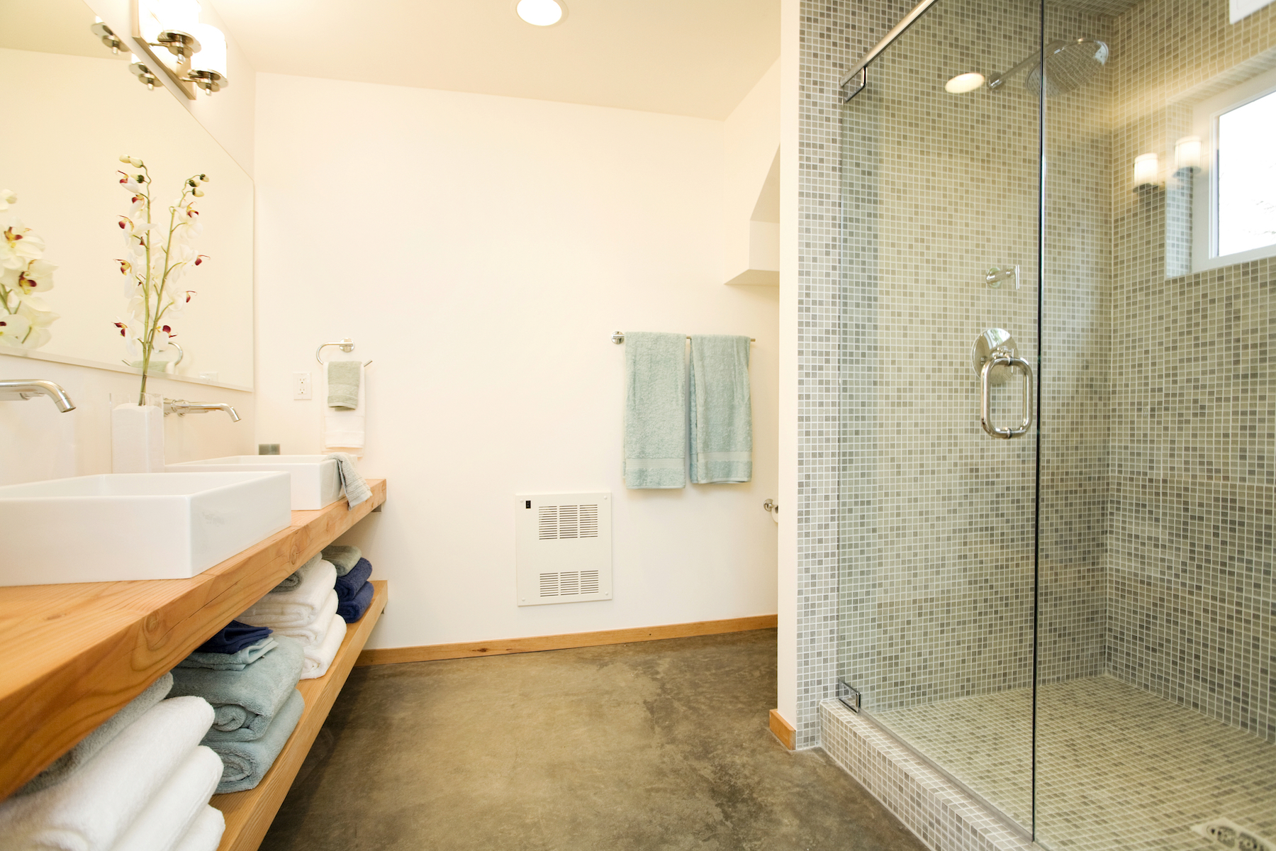 frameless-shower-doors-and-enclosures-dallas.jpg