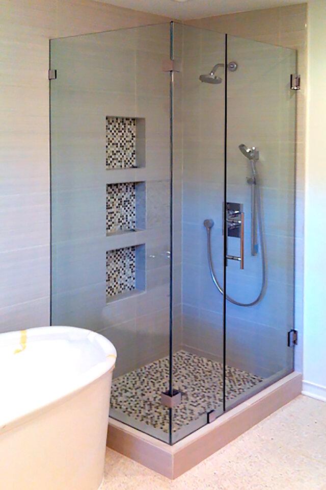 90-degree-glass-shower-door-enclosure-dallas-16-frameless.jpg