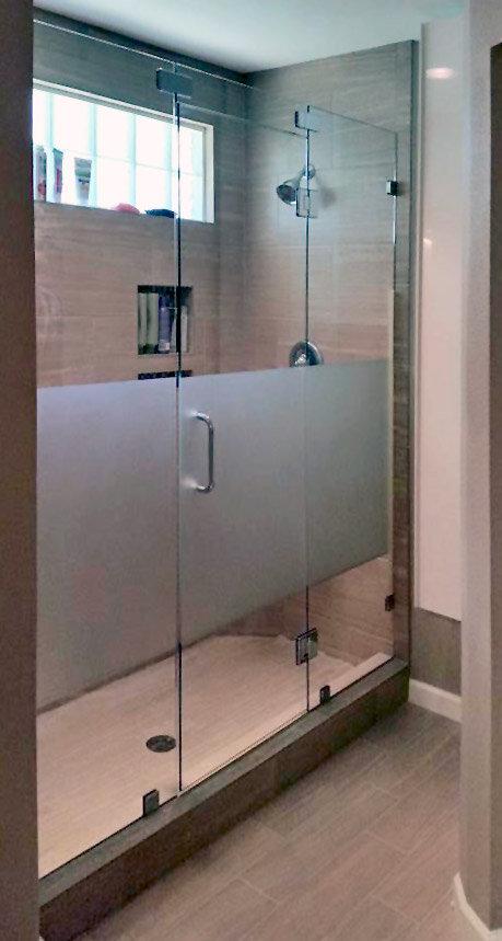 frameless-inline-shower-door-etched-glass-dallas-01.jpg