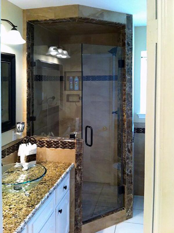 neo-angle-shower-enclosures-doors-05-frameless-dallas.jpg