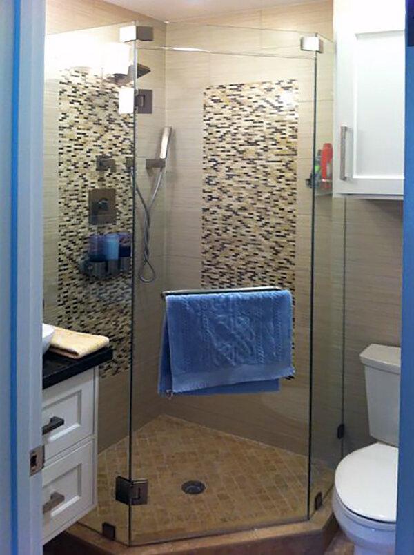 neo-angle-shower-enclosures-doors-08-frameless.jpg