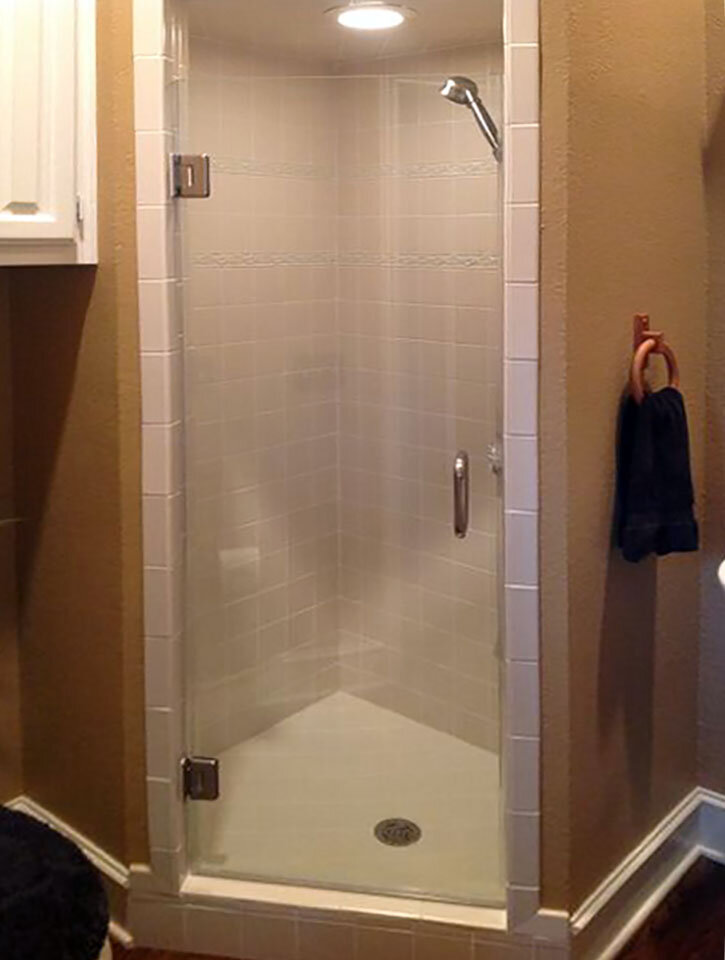 single-shower-door-frameless-glass-dallas-02.jpg