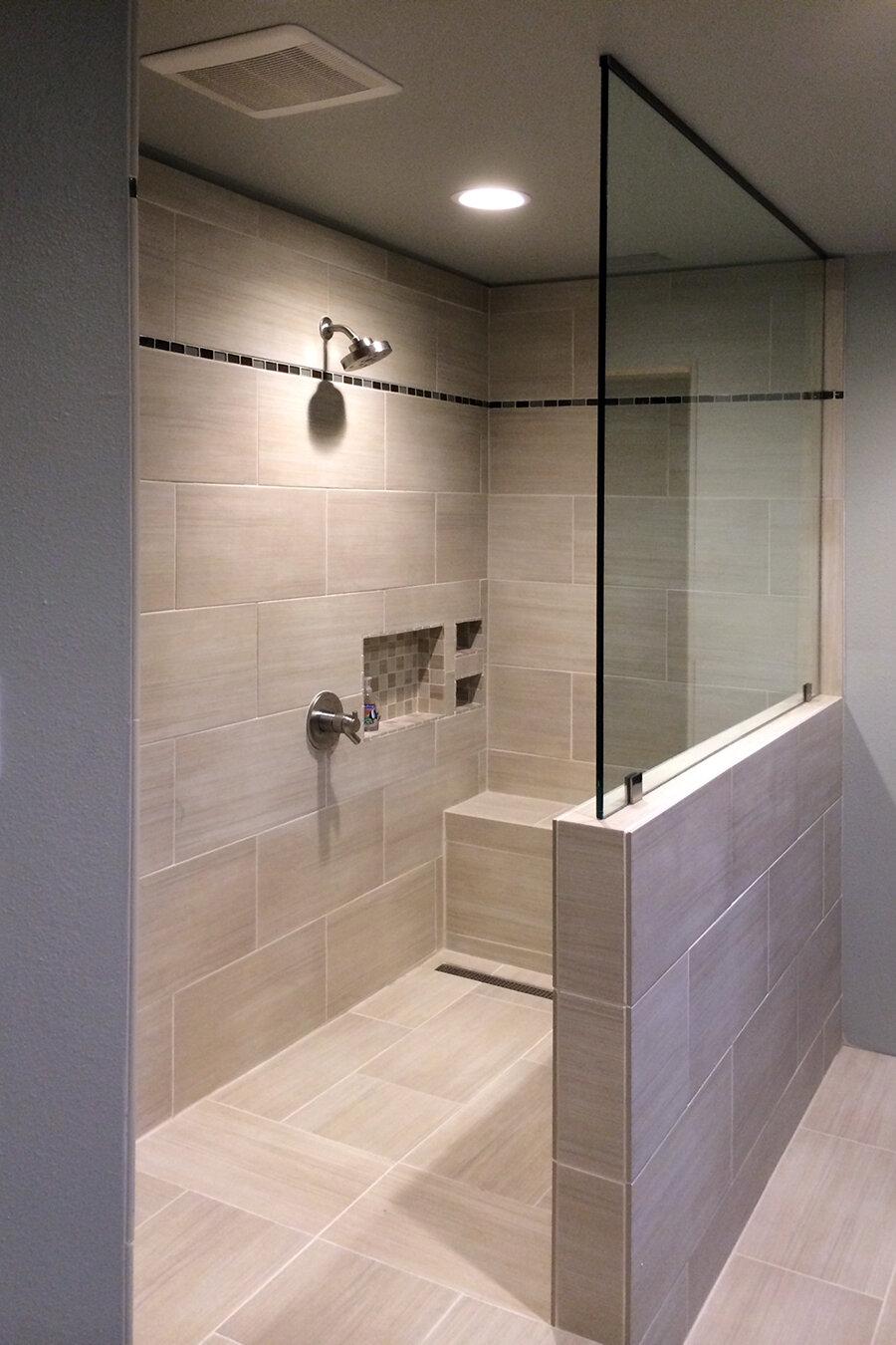 frameless-glass-shower-screens-and-panels-01-splash-dallas.jpg