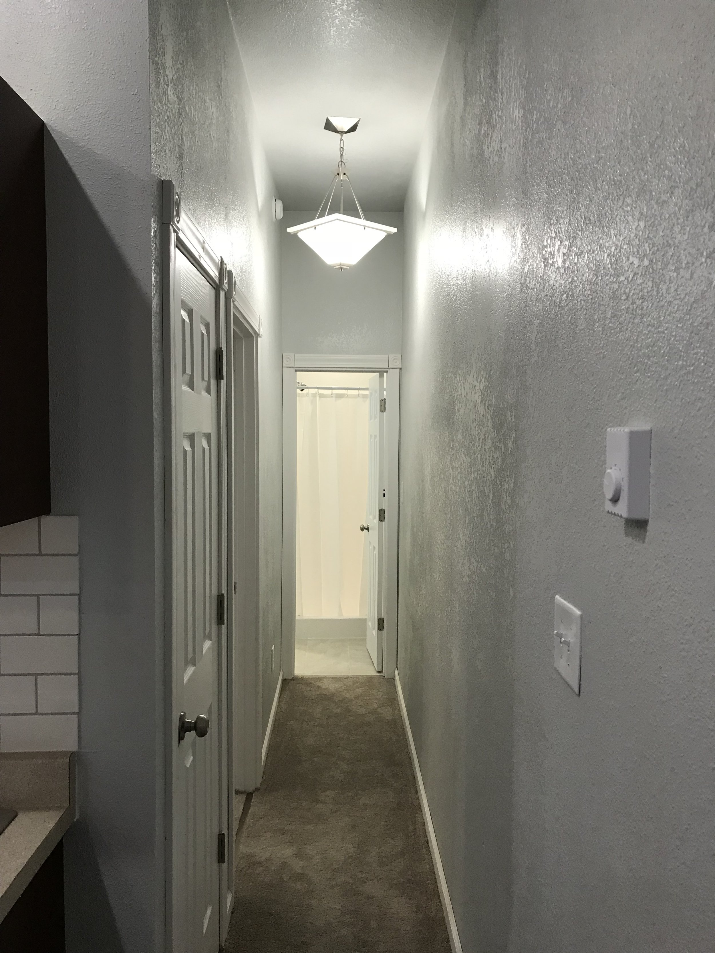 Hall to Bed/Bath