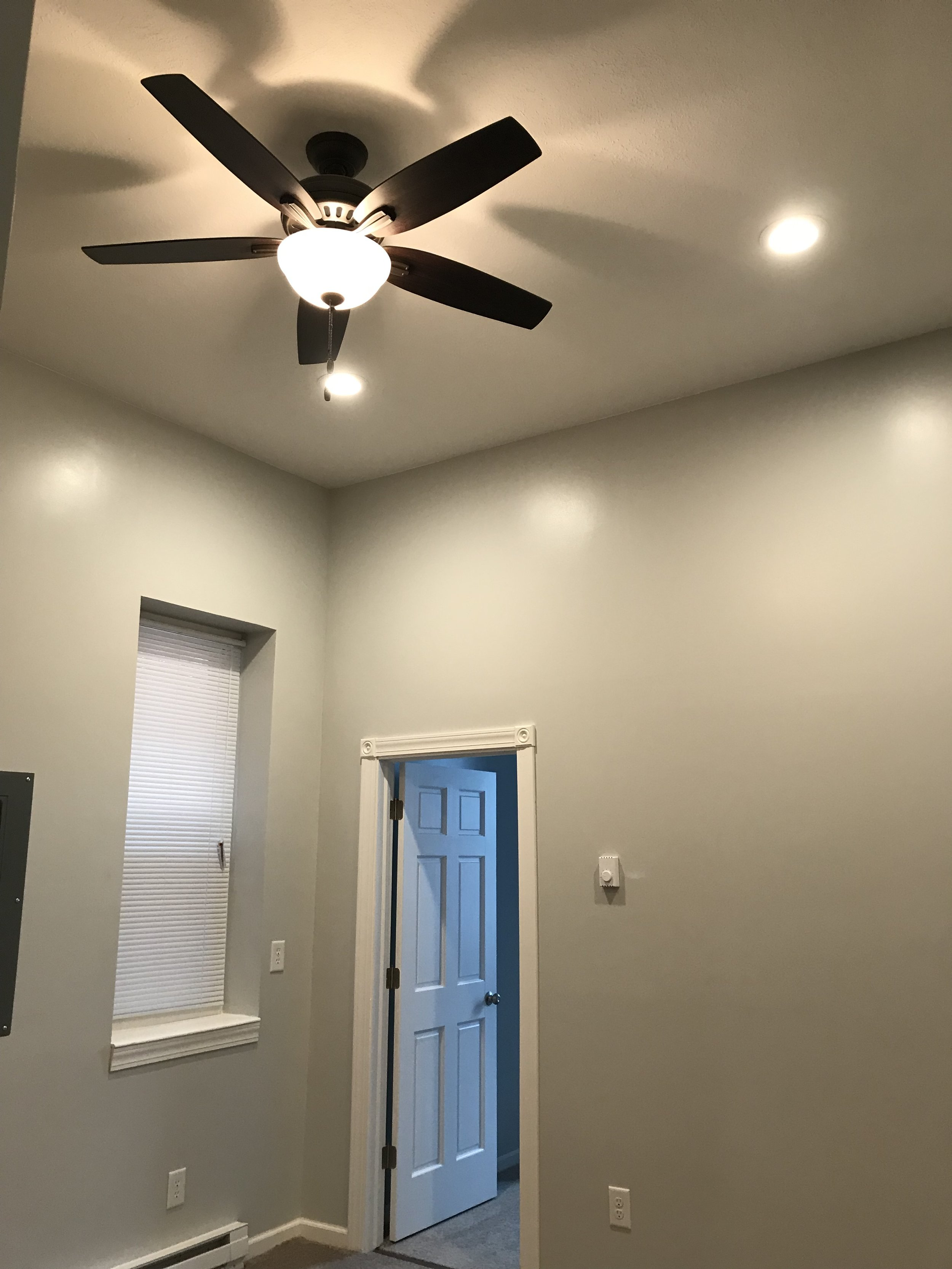 LR - Ceiling Fan and Recessed Lights