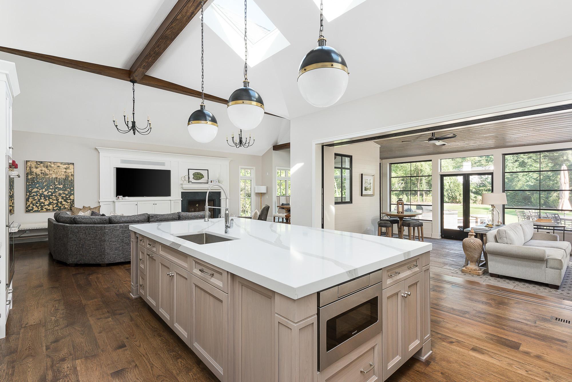 kitchen sunroom.jpg