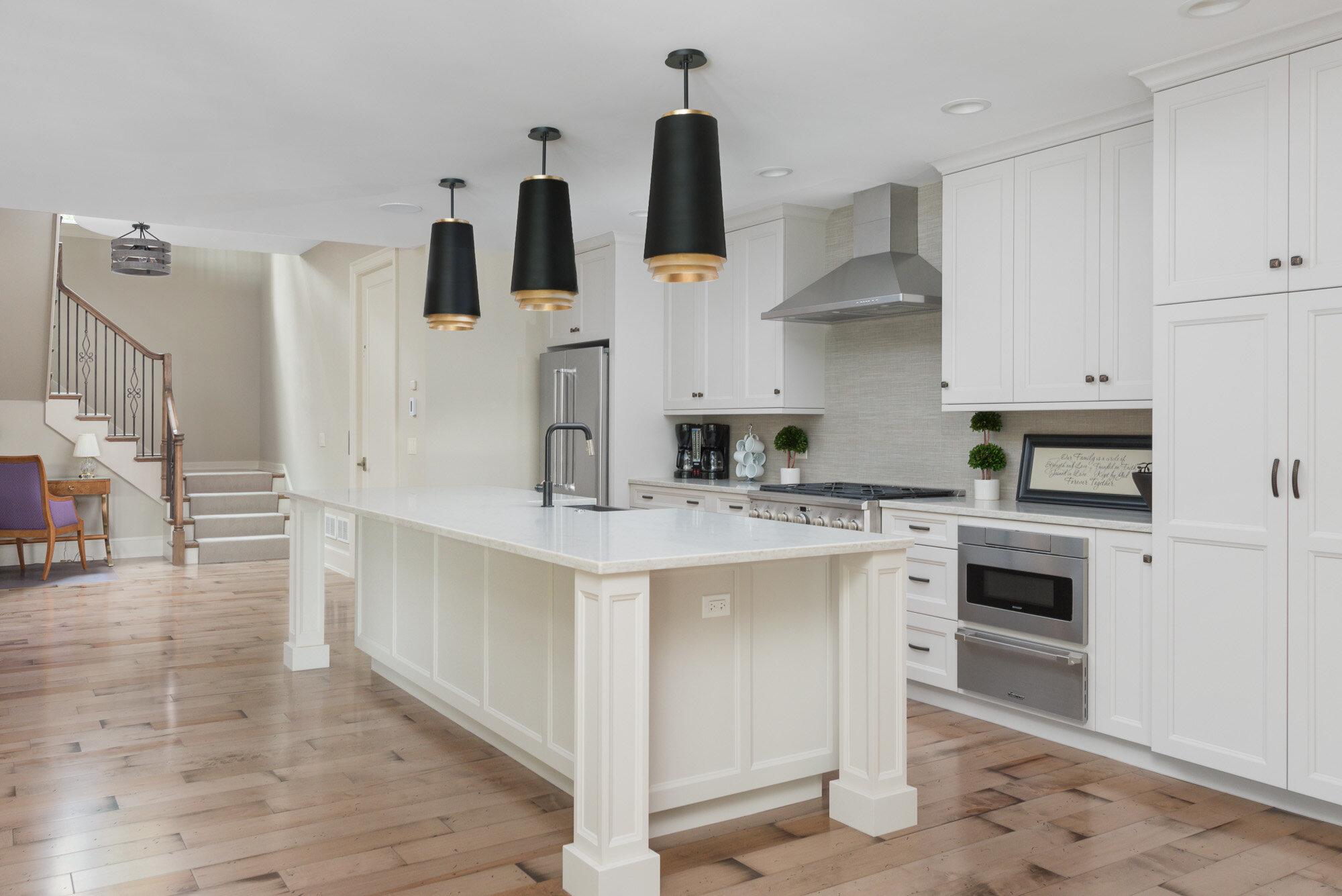 Basement Kitchen (2).jpg