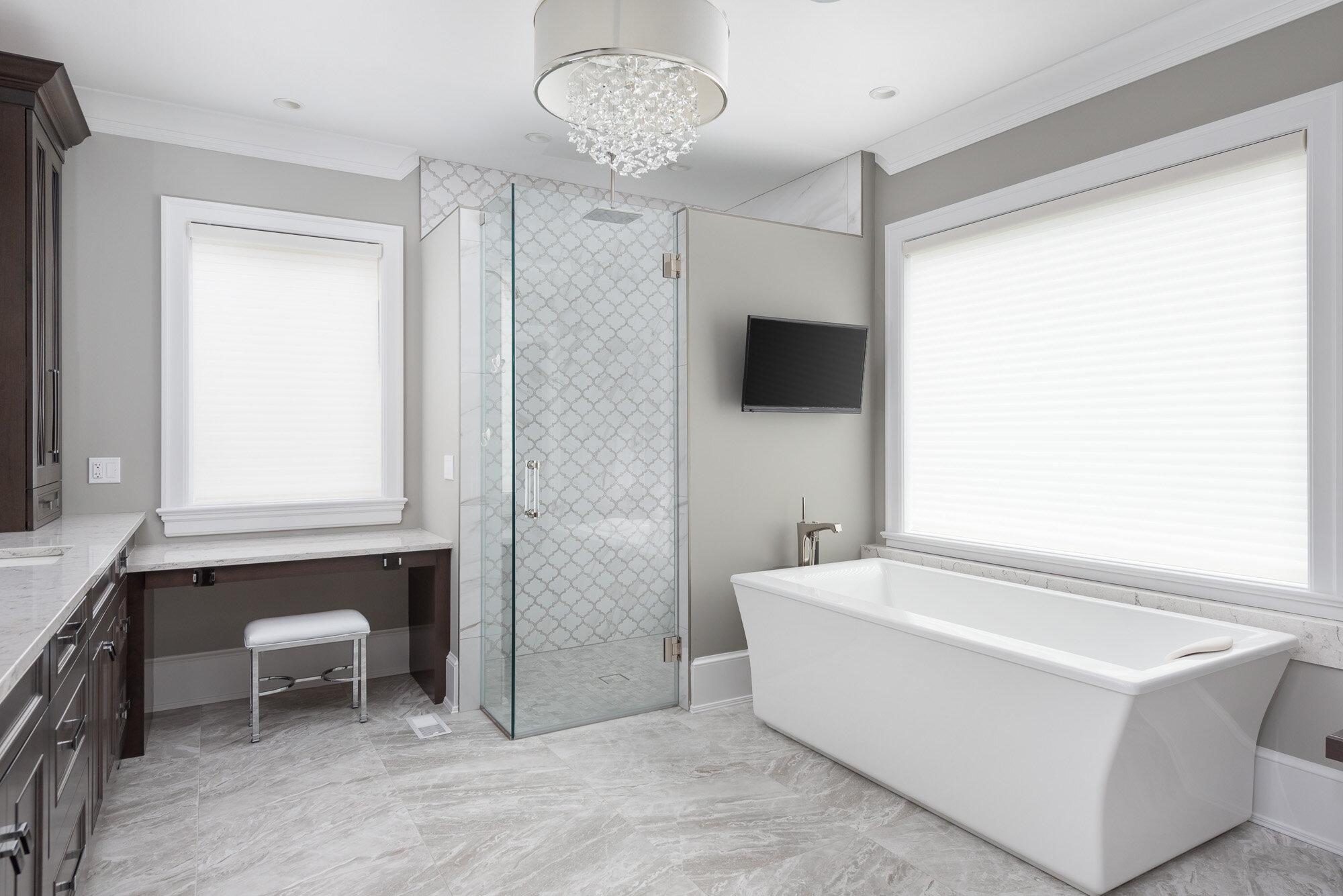 Master Bath (2).jpg