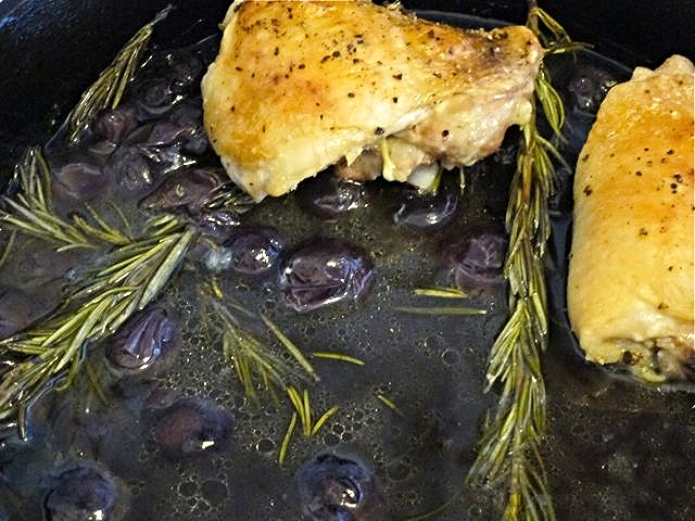 Roasted Chicken with Concord Grapes.jpg