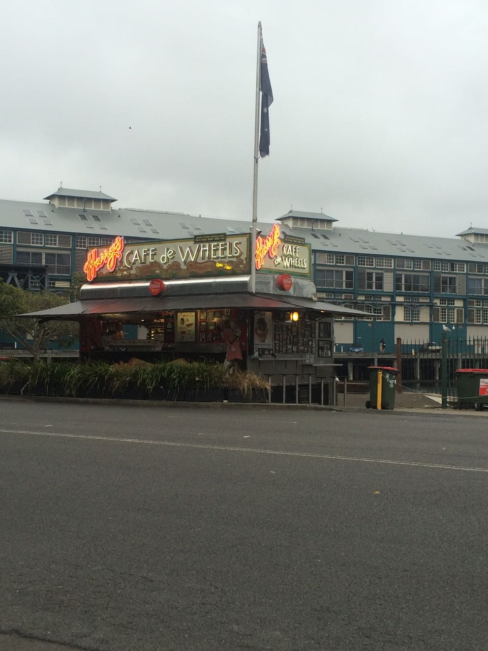 Harry's Cafe de Wheels.jpg