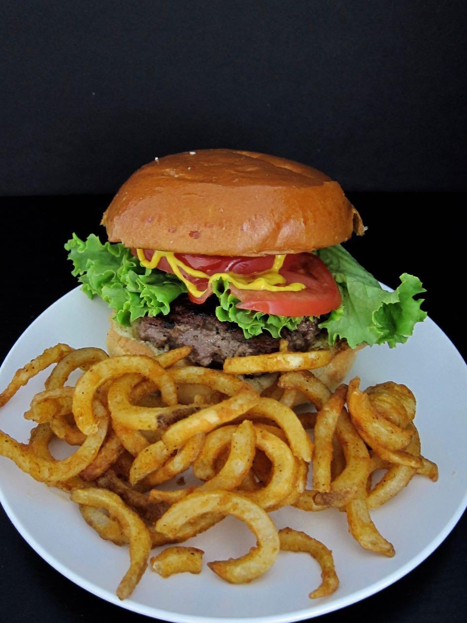 Luke's Diner Burger