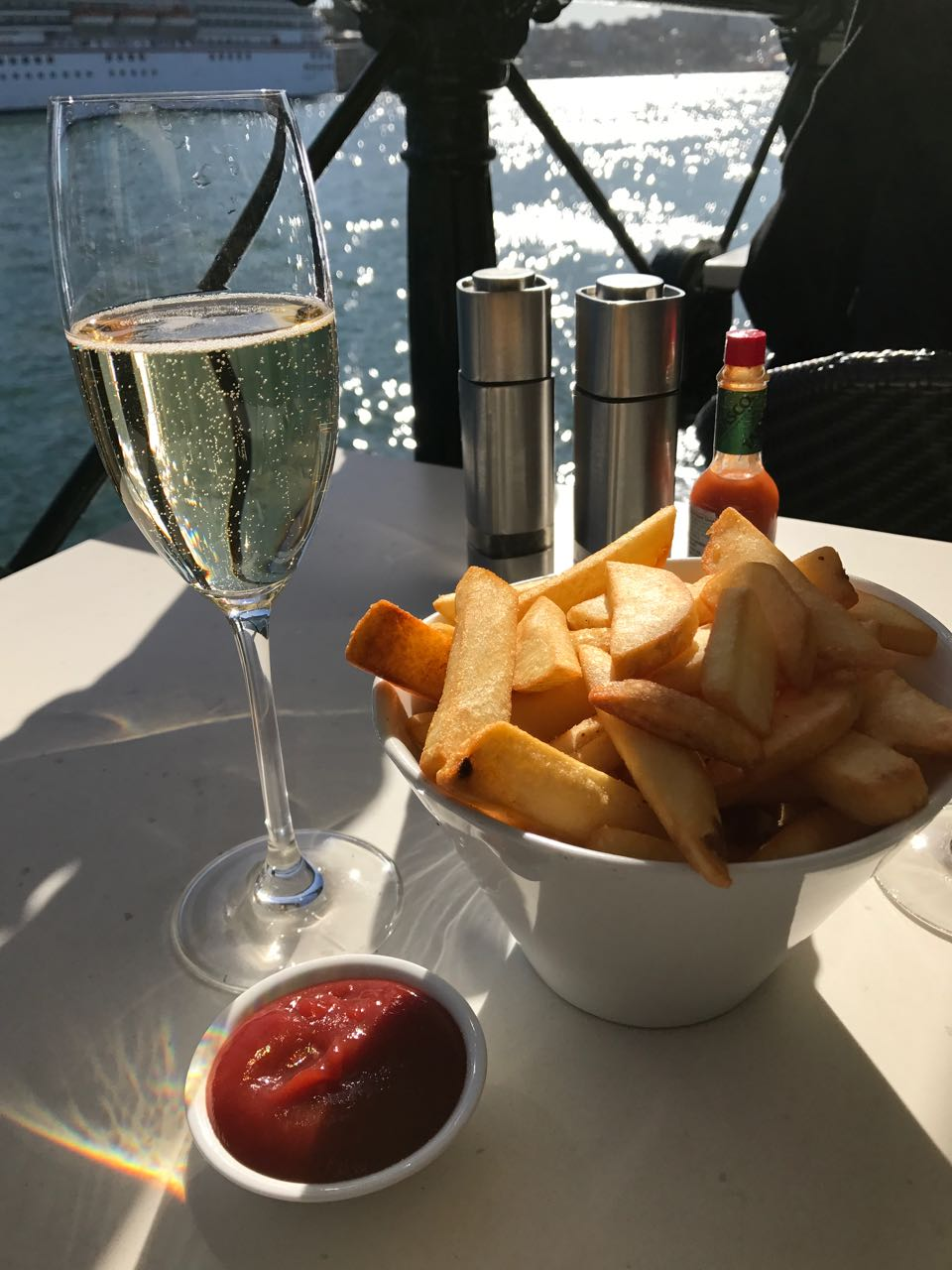 Chips and Champagne Sydney Harbor.jpg