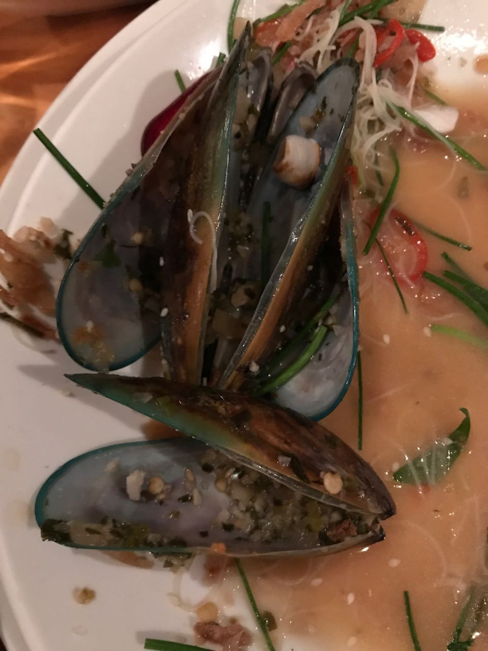 Green mussels queenstown.jpg