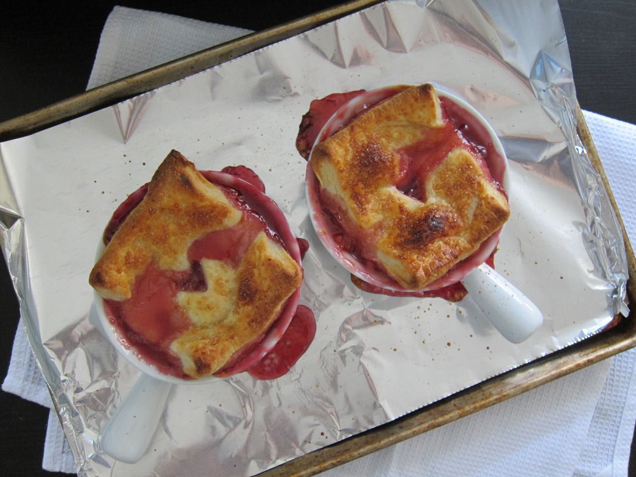 baked stone fruit pot pies
