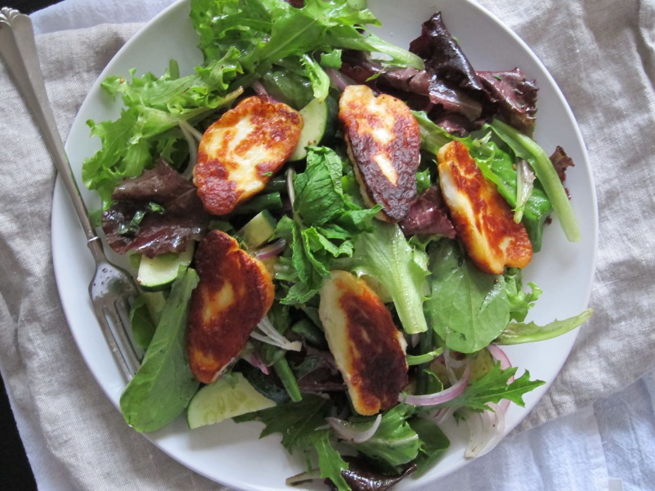 Salad with Fried Haloumi