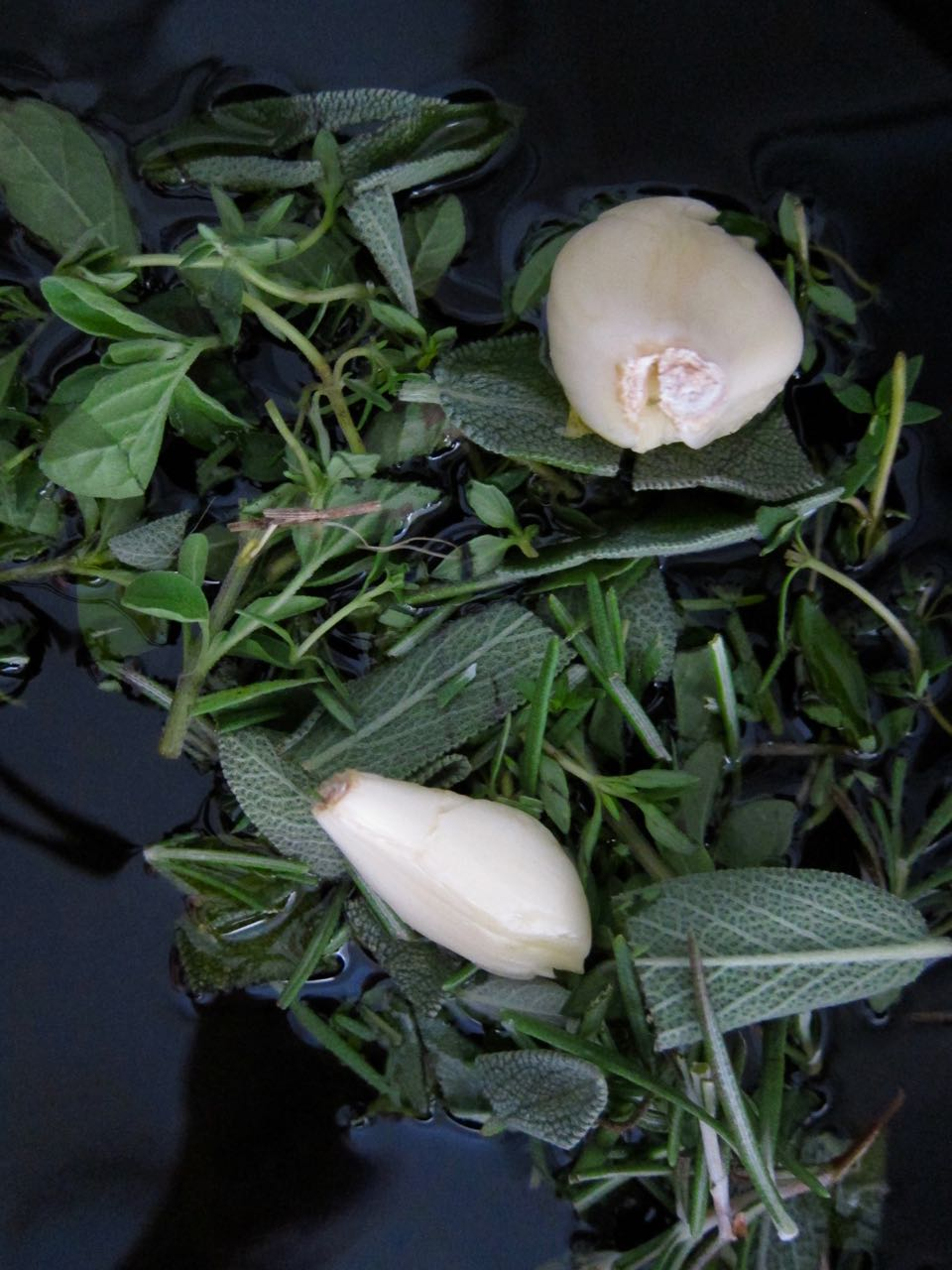 Herbs and garlic for infusing oil