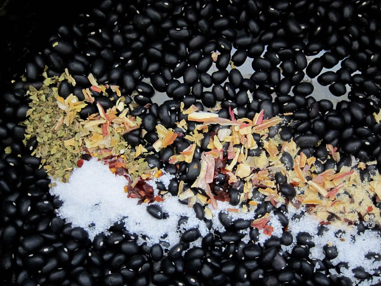 black beans and spices